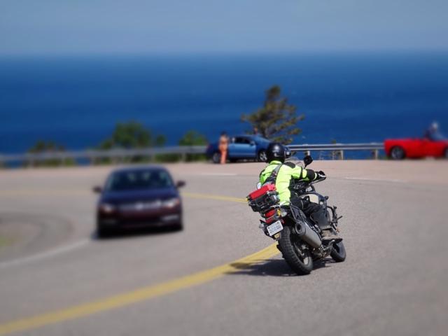 VStrom, riding on Cabot Trail