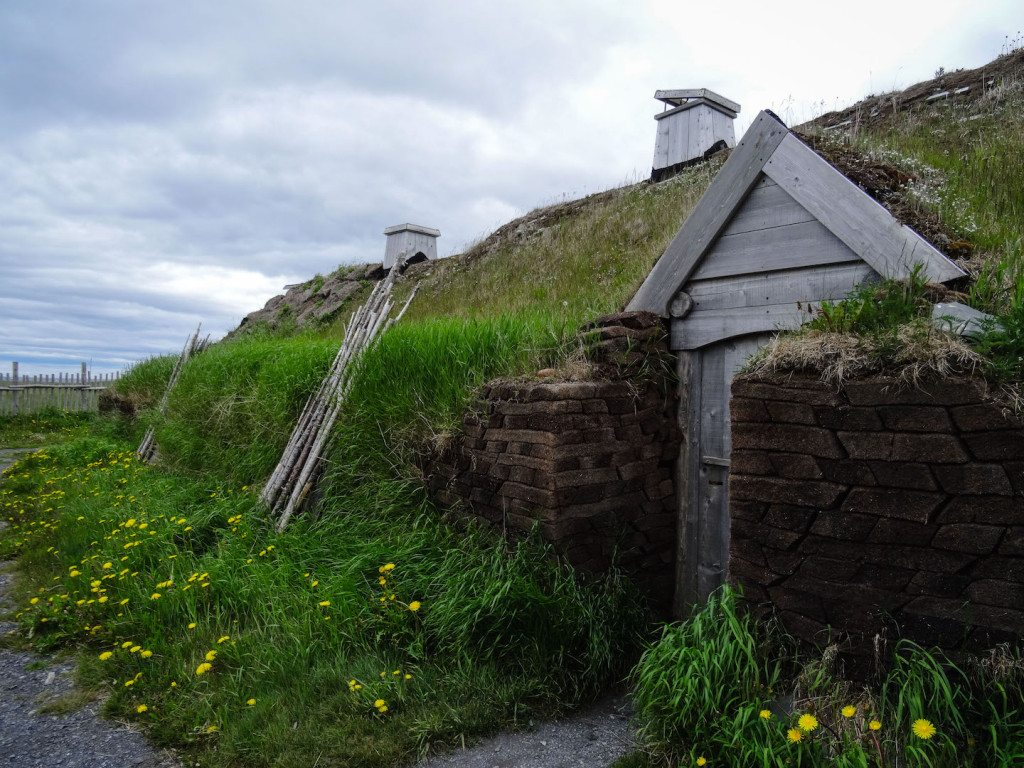 L'Ans Aux Meadows sod hut