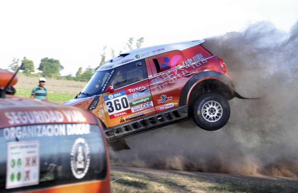 2016 Dakar Prologue Accident In Photos