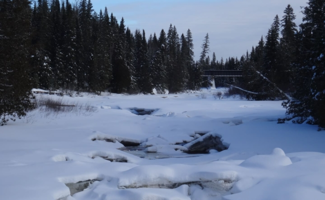 Picture of broken ice on a river in the Abitibi River Region