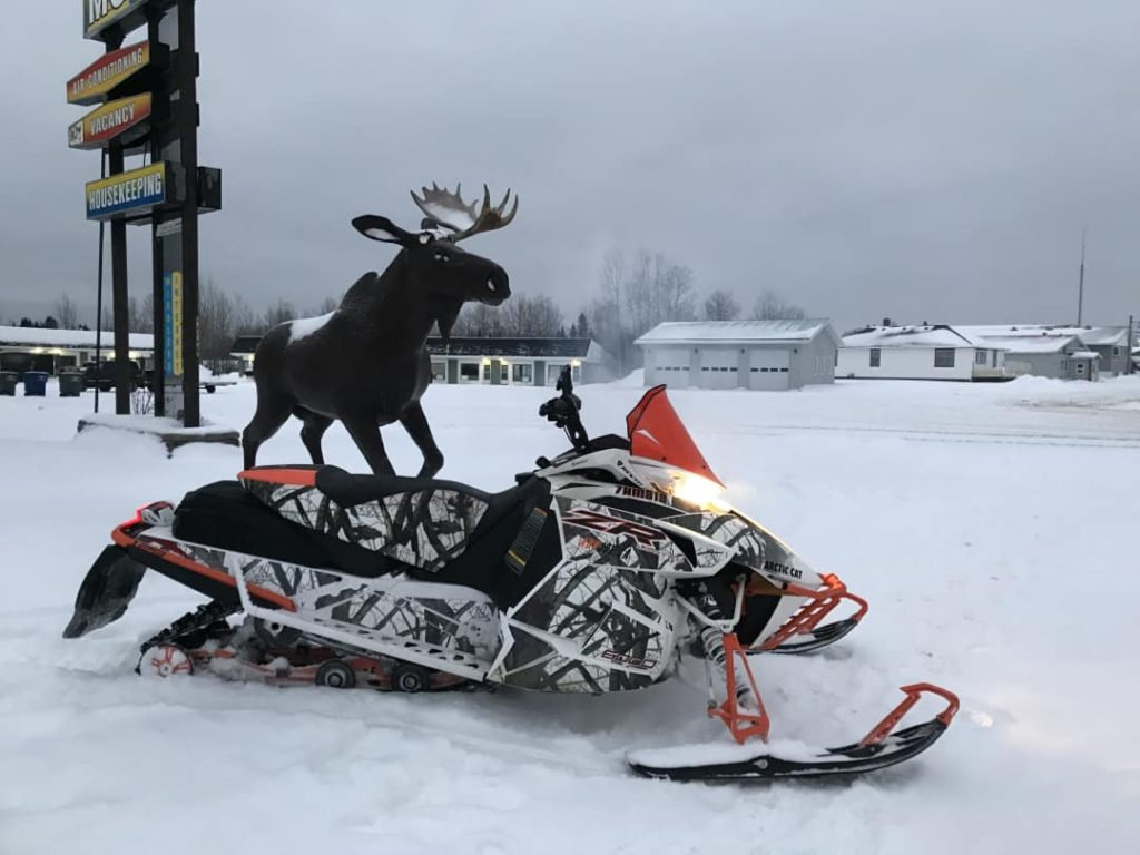 A winter scene of the Moose Motel in Smooth Rock Falls