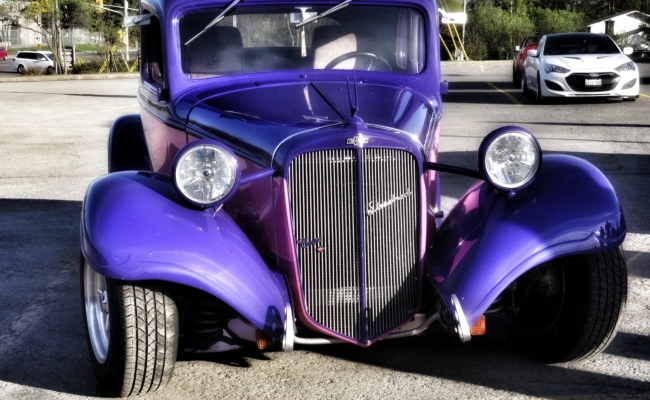 Photo of a 1934 Chevrolet 5 window coupe
